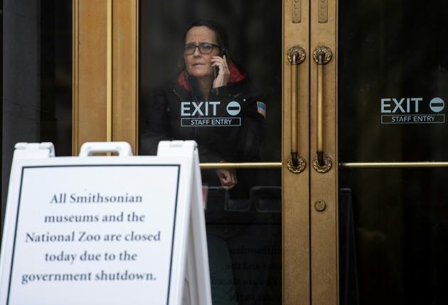 """De nombreux musées, le zoo de Washington et des bâtiments fédéraux sont fermés depuis le 22 décembre 2018 à cause du """"shutdown"""" [ANDREW CABALLERO-REYNOLDS / AFP/Archives]"""