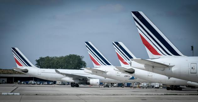 Avions Air France alignés sur le tarmac de l'aéroport Roissy-Charles-de-Gaulle, le 24 avril 2018 [STEPHANE DE SAKUTIN / AFP/Archives]