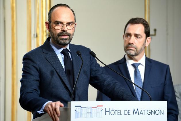 Edouard Philippe et Christophe Castaner lors d'une conférence de presse à Matignon, le 18 mars 2019 [Bertrand GUAY / AFP]