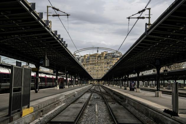 Les acteurs du rail s'attellent à la convention collective nationale du secteur qui doit être bouclée pour le 1er janvier 2020 [CHRISTOPHE ARCHAMBAULT / AFP/Archives]