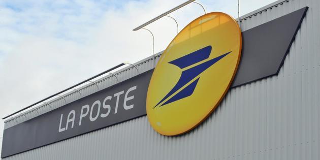 La Poste: les syndicats dénoncent des fermetures de centres de tri