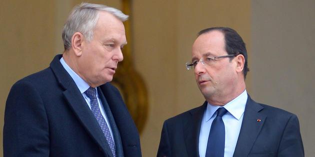 EMPLOI : LA MOBILISATION EN TROIS ACTES DU GOUVERNEMENT Hollande-ayrault_1