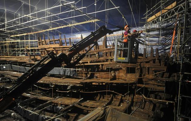 La carcasse du navire de guerre Mary Rose, dans son musée à Portsmouth, le 7 mai 2013 [Carl Court / AFP/Archives]