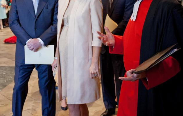 Le Prince Andrew (g), la duchesse de Cambridge (c) et le prince Harry, à l'Abbaye de Westminster le 4 juin 2013 [Jack Hill / Pool/AFP]