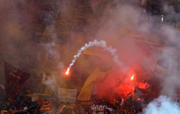 Les supporteurs de l'AS Rome lors du derby contre la Lazio le 8 avril 2013 en championnat, au stade Olympique de Rome [Gabriel Bouys / AFP/Archives]