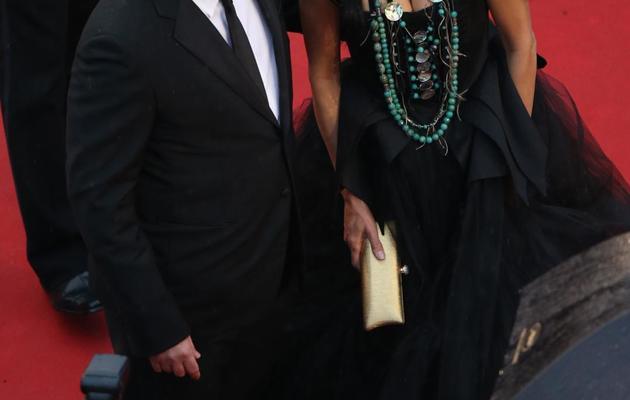 """L'acteur Benicio del Toro et l'actrice Michelle Thrush avant la projection de  """"Jimmy P."""", le 18 mai 2013 à Cannes [Loic Venance / AFP]"""