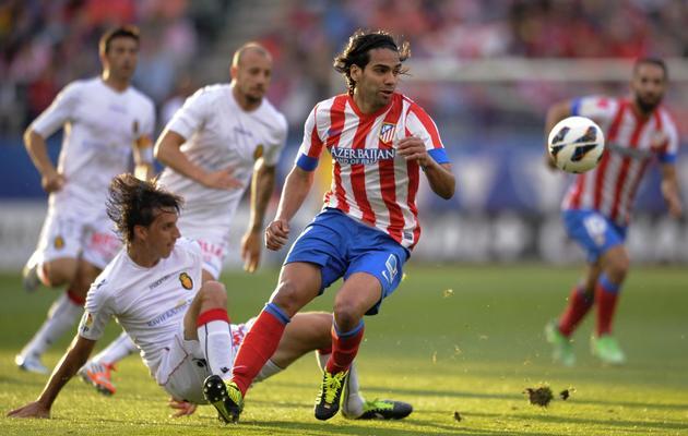 L'attaquant colombien de l'Atletico Madrid Radamel Falcao (c) lors du match contre Majorque, le 26 mai 2013, au stade Vicente-Calderon [Pedro Armestre / AFP]
