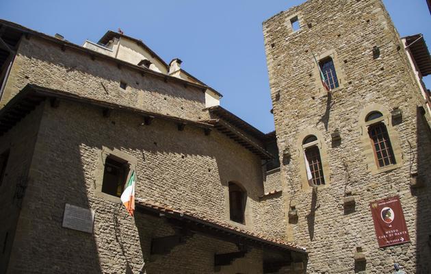 L'ancienne maison de Dante, convertie en musée, l'un des lieux cités dans le dernier roman de l'écrivain américain Dan Brown, le 6 juin 2013 à Florence [Claudio Giovannini / AFP]