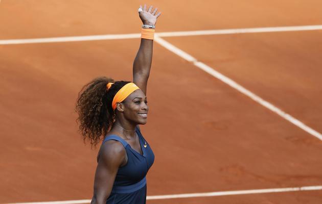 L'Américaine Serena Williams s'est facilement qualifiée pour la finale de Roland-Garros en battant l'Italienne Sara Errani, le 6 juin 2013 [Patrick Kovarik / AFP]