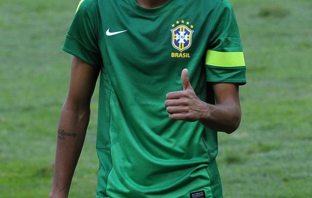 L'attaquant brésilien Neymar à l'entraînement, le 14 juin 2013, à Brasilia [Yasuyoshi Chiba / AFP]