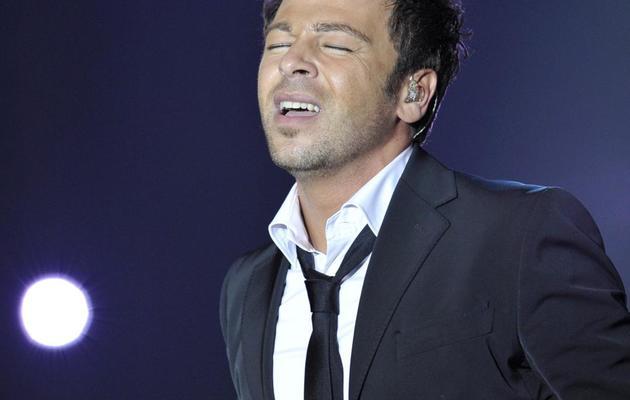 Christophe Maé chante sur la scène des Victoires de la musique, à Paris, le 8 mars 2008 [Bertrand Guay / AFP/Archives]
