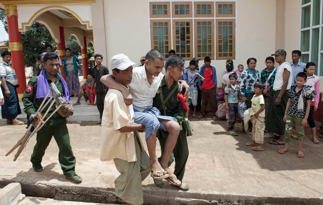 Des musulmans birmans évacués vers un monastère de Lashio après des violences interconfessionnelles, le 30 mai 2013 [Ye Aung Thu / AFP/Archives]