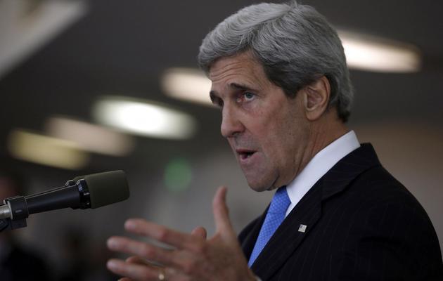 Le secrétaire d'Etat américain John Kerry lors d'une conférence de presse le 24 mai 2013 à Tel Aviv [Jim Young / Pool/AFP]