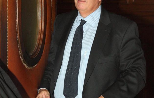 Didier Bornert, un ancien médecin de la Clinique du Sport, quitte la salle d'audience du tribunal à Paris, le 28 octobre 2009 [Mehdi Fedouach / AFP/Archives]