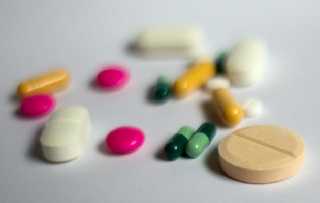Des médicaments sous forme de gélule et comprimé [Loic Venance / AFP/Archives]