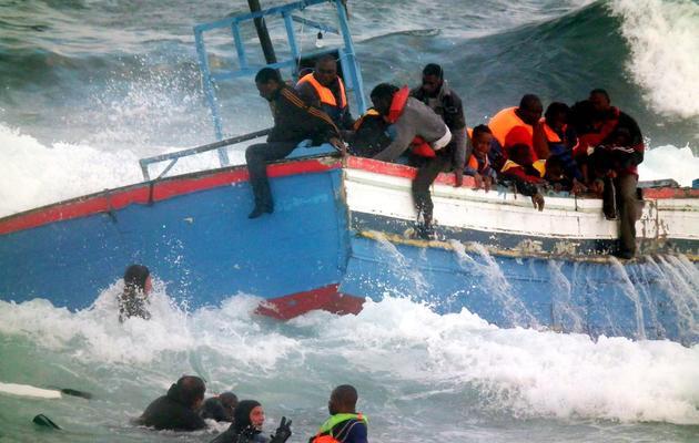 Naufrage d'une embarcation transportant 250 migrants africains le 13 avril 2011 dans le port de Pantelleria [Francesco Malavolta / AFP/Archives]