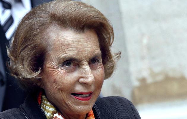Liliane Bettencourt quitte l'Institut de France, le 12 octobre 2011 à Paris [Francois Guillot / AFP/Archives]