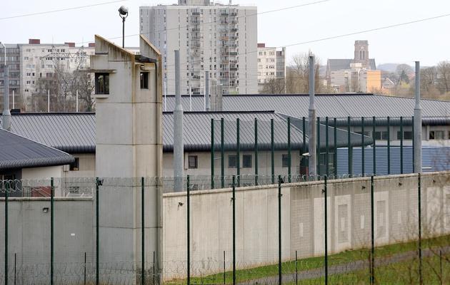 Vue extérieure en date du 15 avril 2013 de la prison de Lille-Sequedin [Philippe Huguen / AFP/Archives]