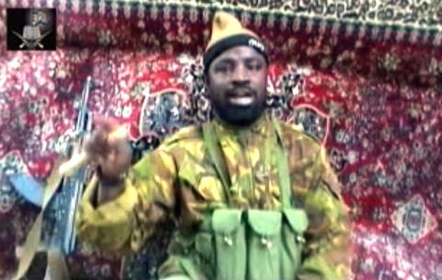 Capture d'écran fournie aux médias par un intermédiaire de Boko Haram, le 13 mai 2013, montrant Abubakar Shekau [ / Boko Haram/AFP/Archives]