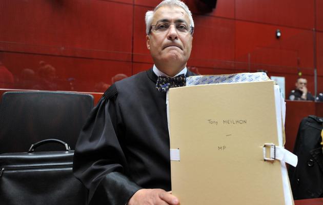 L'avocat de Tony Meilhon, Me Fathi Ben Brahim, aux assises à Nantes, le 22 mai 2013 [Frank Perry / AFP]