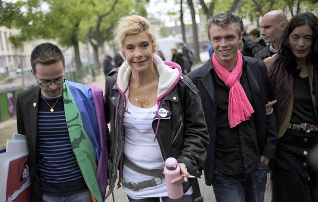 Virginie Tellene alias Frigide Barjot, et Xavier Bongibault (Dà) le 24 mai   2013 à Paris [Fred Dufour / AFP]