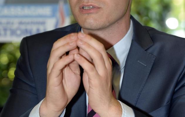 Le candidat FN à la législative partielle de la troisième circonscription du Lot-et-Garonne, Etienne Bousquet-Cassagne, le 3 juin 2013 à Pujols [Jean-Pierre Muller / AFP/Archives]