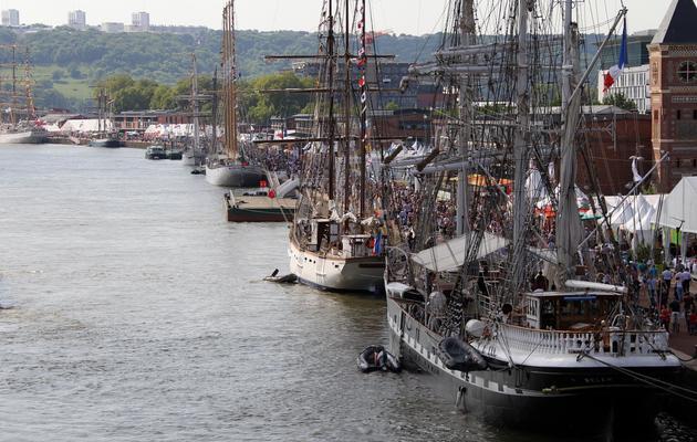 Des bateaux participant à l'Armada amarrés à Rouen le 6 juin 2013 [Charly Triballeau / AFP]