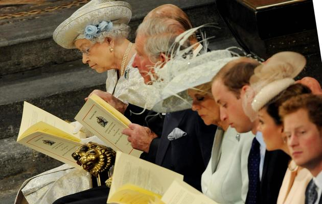 La famille royale assiste à la messe en l'honneur du 60e anniversaire du couronnement de la reine Elizabeth II, le 4 juin 2013 [Anthony Devlin / Pool/AFP]