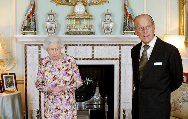 La reine Elizabeth II et son époux le prince Philip, le 6 juin 2013 à Londres [Anthony Devlin / Pool/AFP]