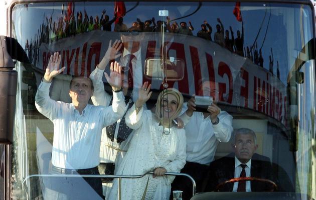 Erdogan et sa femme Emine à leur arrivée le 9 juin 2013 à Ankara [Adem Altan / AFP]