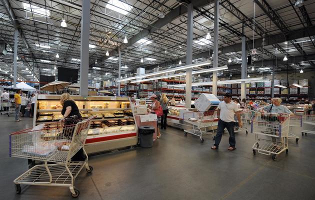Des américains font leur course dans un hypermarché [Gabriel Bouys / AFP/Archives]