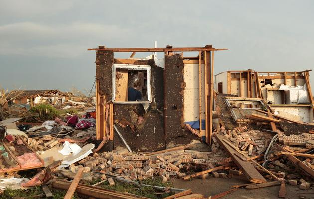 Dégâts après le passage d'une tornade à Moore, dans la banlieue d'Oklahoma City (Etats-Unis), ke 20 mai 2013 [Brett Deering / Getty Images/AFP]