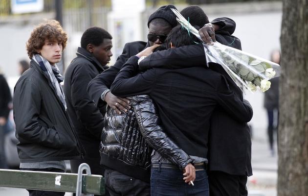 Des jeunes aux funérailles d'Agnès Marin, le 26 novembre 2011 à Notre Dame de l'éternel secours à Paris [Thomas Samson / AFP/Archives]