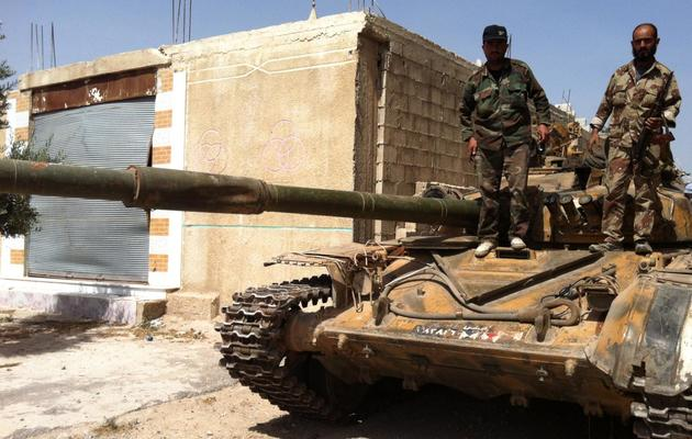 Soldat de l'armée du régime de Bachar al-Assad à à Qousseir en Syrie, le 8 juin 2013 [- / AFP]