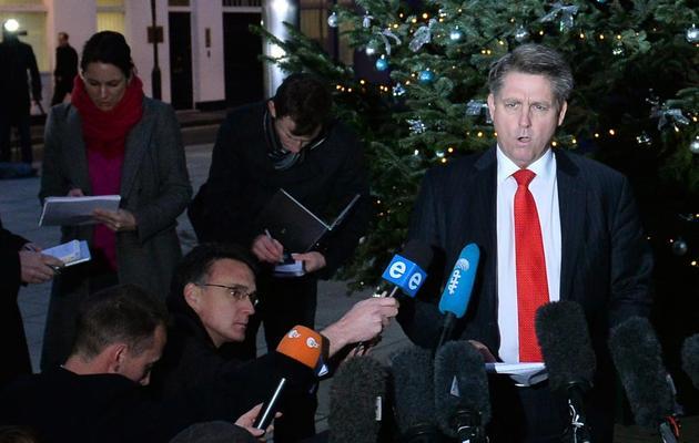 L'inspecteur de police Kevin Hyland durant un point de presse sur le sauvetage de trois femmes détenues comme esclaves pendant 30 ans, le 21 novembre 2013 à Londres [Ben Stansall / AFP]