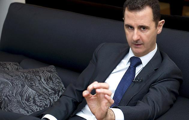 Photo fournie le 17 juin 2013 par l'agence SANA de Bachar al-Assad lors d'une interview à Damas  au journal  allemand Frankfurter Allgemeine Zeitung [- / SANA/AFP Photo]