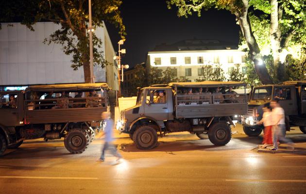 Des camions de l'armée le 17 juin 2013 à Istanbul [Bulent Kilic  / AFP Photo]