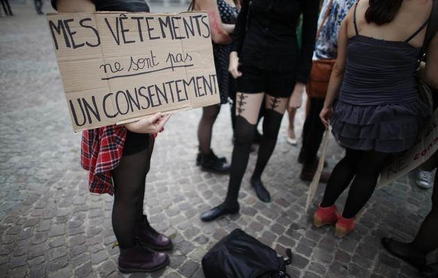 """Une militante participe à la """"Marche des salopes"""" à Paris le 28 septembre 2013 [Thomas Samson / AFP]"""