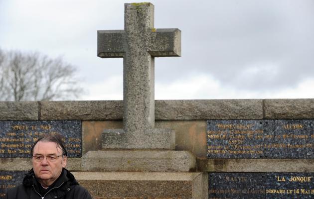 Michel Douce, le propriétaire du bateau naufragé Bugaled Breizh en 2004, assiste à une cérémonie du souvenir en mémoire des marins disparus, le 18 janvier 2014 à Loctudy (Finistère)  [Fred Tanneau / AFP]