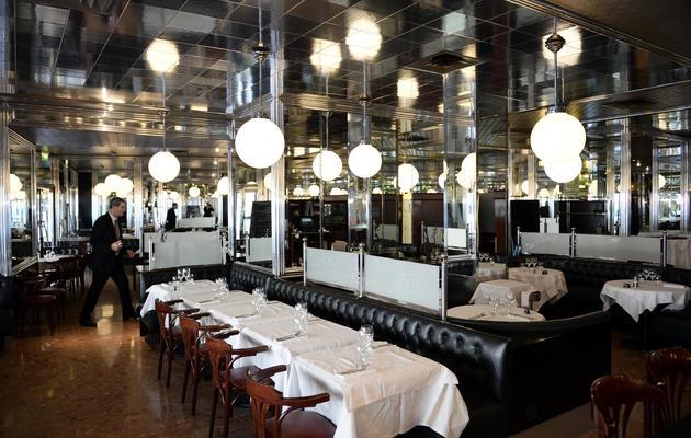 Le restaurant de l'hôtel Lutetia le 10 avril 2014 à Paris [Franck Fife / AFP]