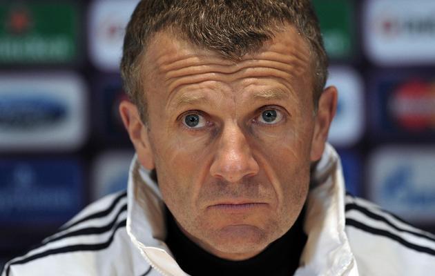 L'entraîneur de l'équipe féminine de Lyon Patrice Lair, lors d'une conférence de presse, à Londres, le 22 mai 2013 [Carl Court / AFP]