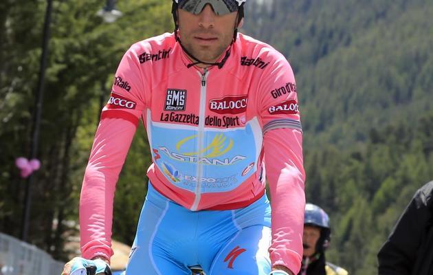 L'Italien Vincenzo Nibali lors de la 15e étape du Tour d'Italie dans l'ascension du Galibier le 19 mai 2013 [Luk Benies / AFP]