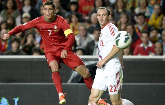 L'attaquant portugais Cristiano Ronaldo contre la Russie le 7 juin 2013 à Lisbonne [Francisco Leong / AFP]
