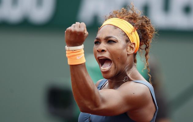 Le poing rageur de Serena Williams, après un point gagnant, le 8 juin 2013 en finale de Roland-Garros [Patrick Kovarik / AFP]