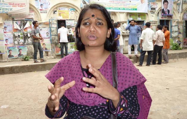 Asma Akter Liza, une volontaire, le 21 mai 2013 à Savar lors de l'interview avec l'AFP [Kamrul Hasan Khan / AFP]