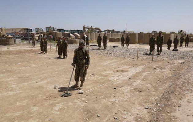 Des soldats afghans s'entraînent, le 12 juin 2013 dans le Camp Shaheen, situé près de Mazar-e-Sharif [Benjamin Sheppard / AFP/Archives]