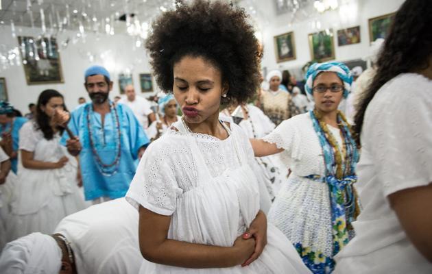 Des disciples du Candomblé, une religion africano-brésilienne, lors d'une cérémonie à Sao Paulo, en avril 2013 [Yasuyoshi Chiba / AFP]