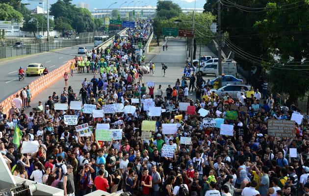 Manifestation à proximité du stade Macarana le 16 juin 2013 à Rio [Tasso Marcelo / AFP]