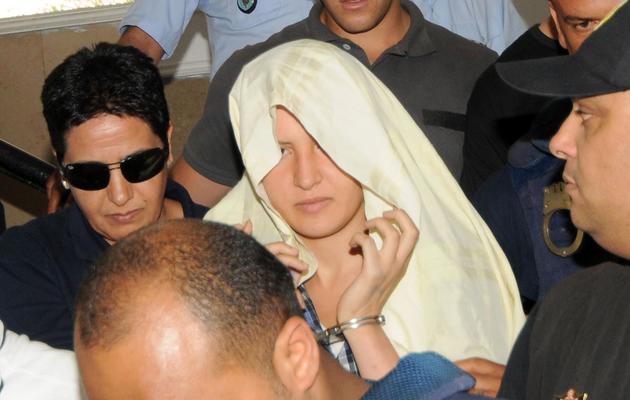 Amina Sboui le 5 juin 2013 à son arrivée au tribunal à Karirouan [Salah Habibi / AFP/Archives]