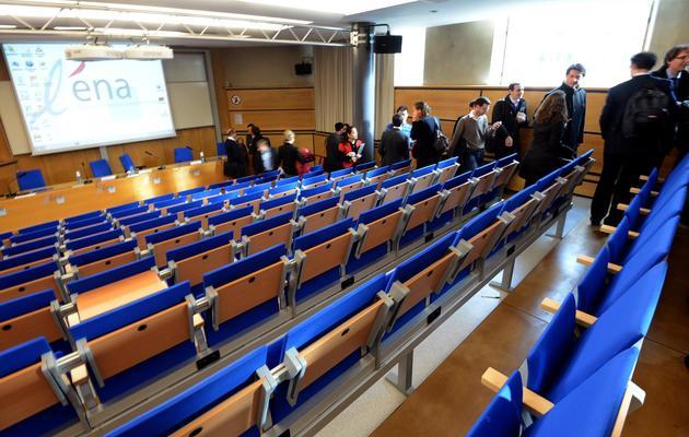 Des étudiants dans une salle de conférence de l'Ena à Strasbourg, le 14 janvier 2013 [Patrick Hertzog / AFP]
